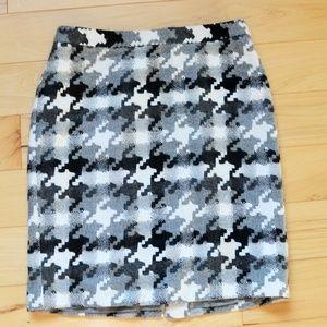 Ann taylor wool blend skirt Skirt sz 4  black gray